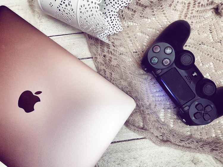 Macbook PS4