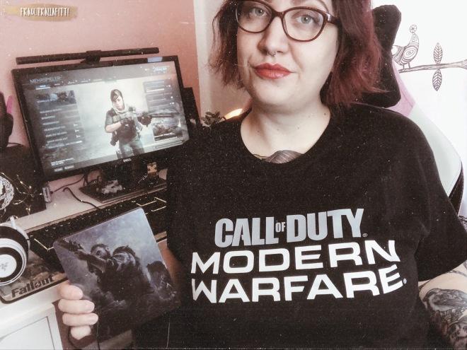 CoD MW Shirt